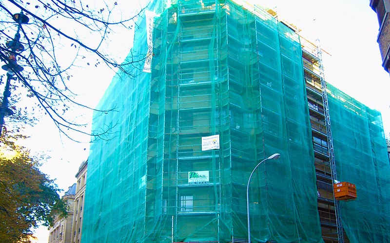 malla de sombreo, malla de sombraje, sarán, shading nets, shade net, scaffolding net, sombreo de ocultación, malla de sombreo para obras, perimeter net, privacy fence. Monofilament tarpaulins